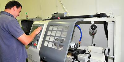 Műszaki, technikusi képesítések (P121-Pneumatika szervíz) tanfolyam