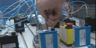 Műszaki, technikusi képesítések (P130-Célorientált pneumatika) tanfolyam